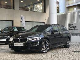 BMW Serie 5 530d Touring Auto Pack M segunda mão Lisboa