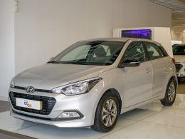 Hyundai i20 1.2 5 P MPI GO segunda mão Lisboa