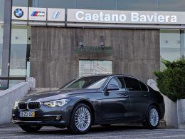 BMW Serie 3 320d Auto Line Luxury segunda mão Lisboa