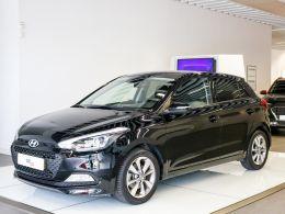 Hyundai i20 1.1 CRDi Comfort segunda mão Lisboa
