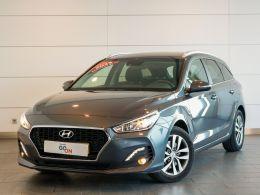 Hyundai i30 SW 1.6 CRDi 110cv Style segunda mão Lisboa