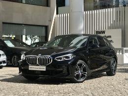 BMW Serie 1 116d Pack M segunda mão Lisboa