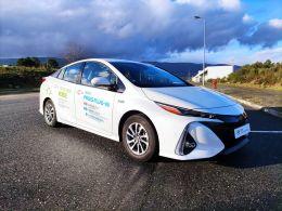 Toyota Prius Prius Plug-in Luxury segunda mão Castelo Branco