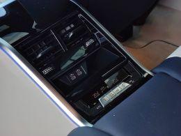 BMW Serie 8 840d xDrive Auto Gran Coupe segunda mão Lisboa
