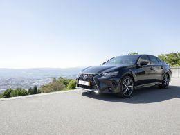 Lexus GS 450h F-Sport segunda mão Porto