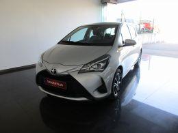Toyota Yaris Yaris 1.0 5P Comfort segunda mão Coimbra