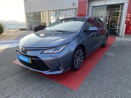 Toyota Corolla 1.8 Hybrid Exclusive segunda mão Aveiro