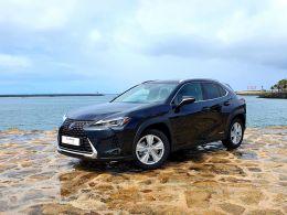 Lexus UX UX 250h Executive + segunda mão Porto