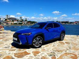 Lexus UX Luxury + segunda mão Porto