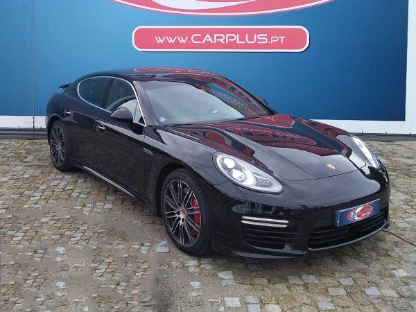 Porsche Panamera segunda mão Porto