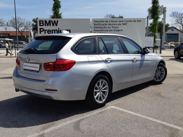 BMW Serie 3 316d Touring Corporate usado (Lisboa)