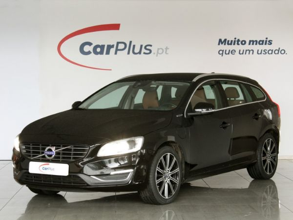 Volvo V60 segunda mão Porto
