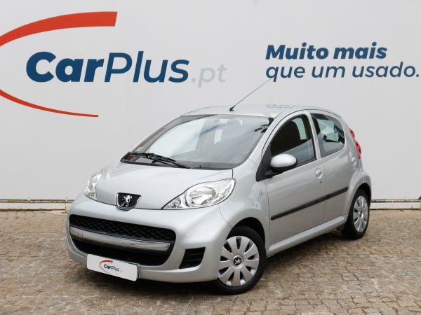 Peugeot 107 segunda mão Lisboa
