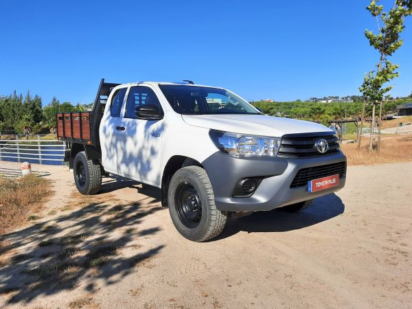 Toyota Hilux Hilux 4x4 Cabina Extra Chassi 3L usado (Castelo Branco)
