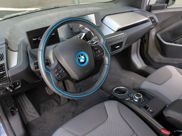 BMW i3 94Ah Auto Confort Package Advance usado (Lisboa)