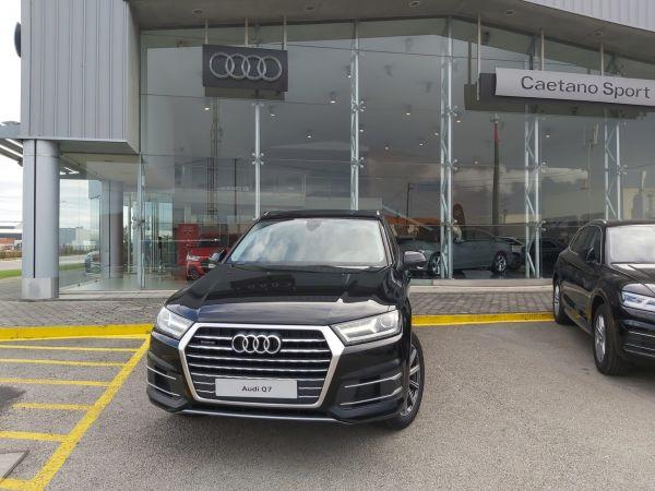 Audi Q7 segunda mão Aveiro