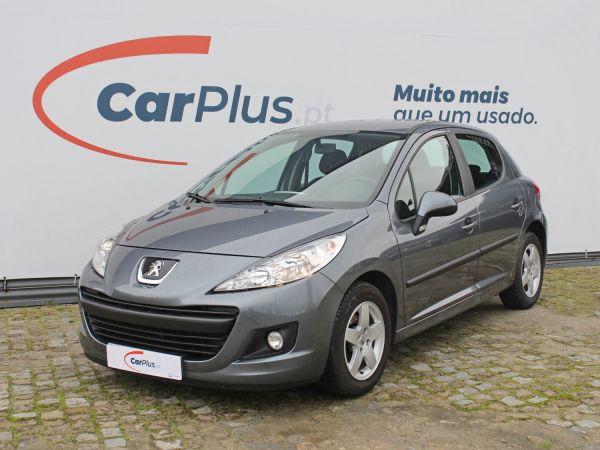Peugeot 207 segunda mão Porto