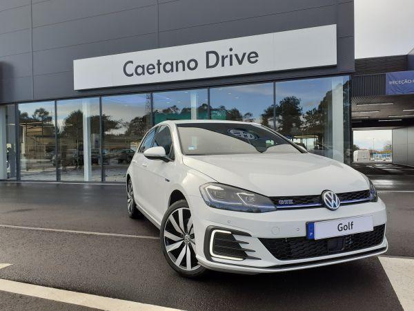 Volkswagen Golf segunda mão Porto