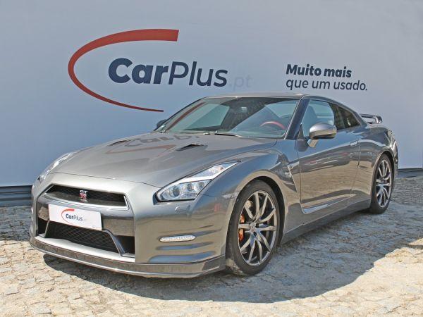 Nissan GT-R segunda mão Porto