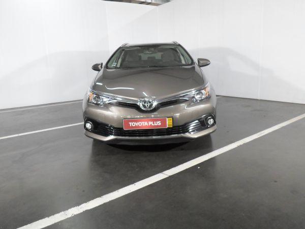 Toyota Auris segunda mão Porto