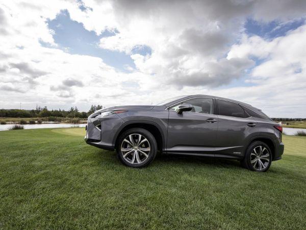Lexus RX segunda mano Faro
