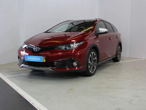 Toyota Auris Touring Sports 1.8 Híbrido Freestyle CVT TS usado (Porto)