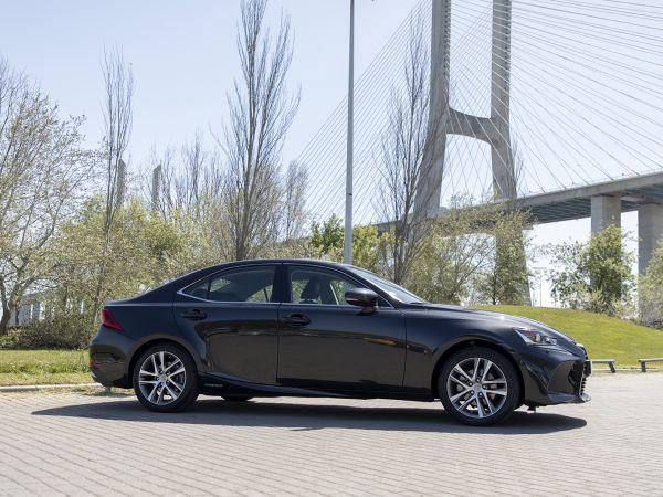 Lexus IS segunda mano Coimbra