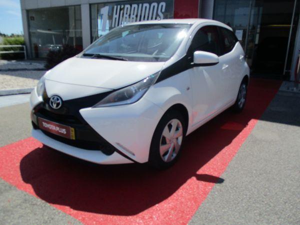 Toyota Aygo segunda mão Aveiro