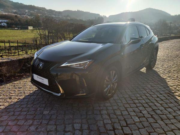 Lexus UX segunda mano Braga