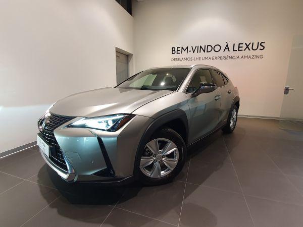 Lexus UX segunda mano Porto