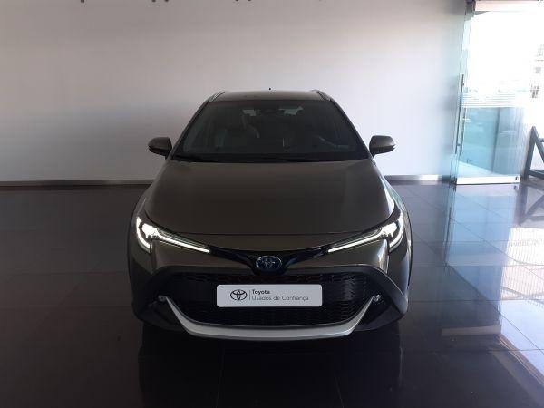 Toyota Corolla viatura usada Coimbra