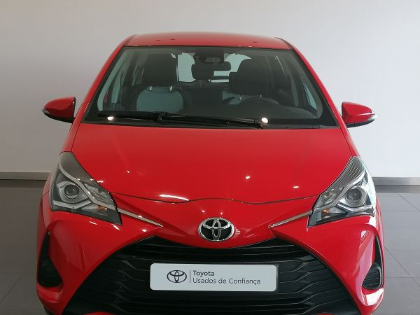 Toyota Yaris viatura usada Coimbra