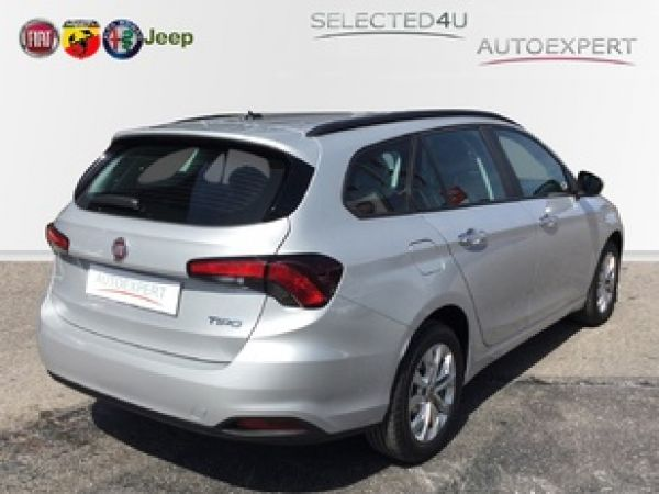 Fiat Tipo 1.4 EASY 95 5P
