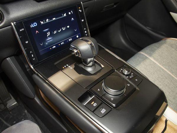Mazda MX-30 MAZDA E-SKYACTIV 107 KW (145 CV) EVOLUTION