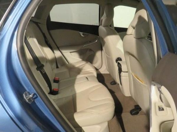 Volvo V40 Cross Country  D2 Kinetic Aut. 120