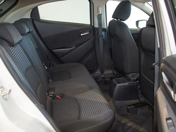 Mazda 2 1.5 Skyactiv-g Black Tech Edition 55kW