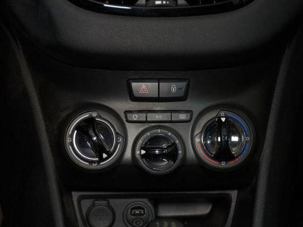 Peugeot 208 1.2 PureTech Access 60 kW (82 CV)