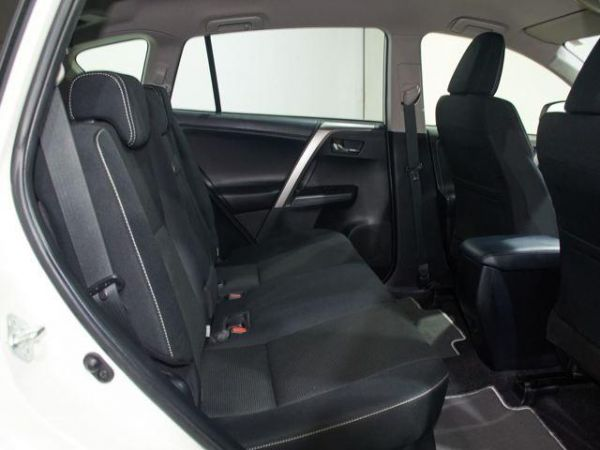 Toyota Rav4 2.5l hybrid Advance 2WD 145 kW (197 CV)