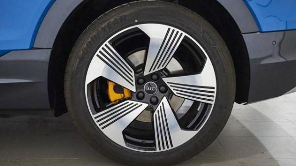 Audi e-tron Advanced 55 quattro 300 kW (408 CV)