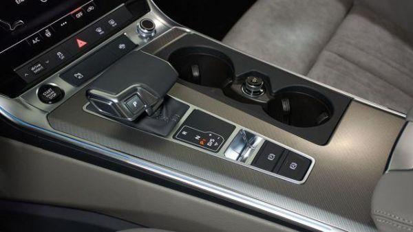 Audi A6 sport 50 TFSIe quattro 220 kW (299 CV) S tronic