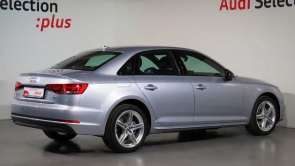 Audi A4  2.0TDI S line edition 90kW
