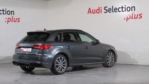 Audi A3 Black line 30 TDI 85 kW (116 CV)